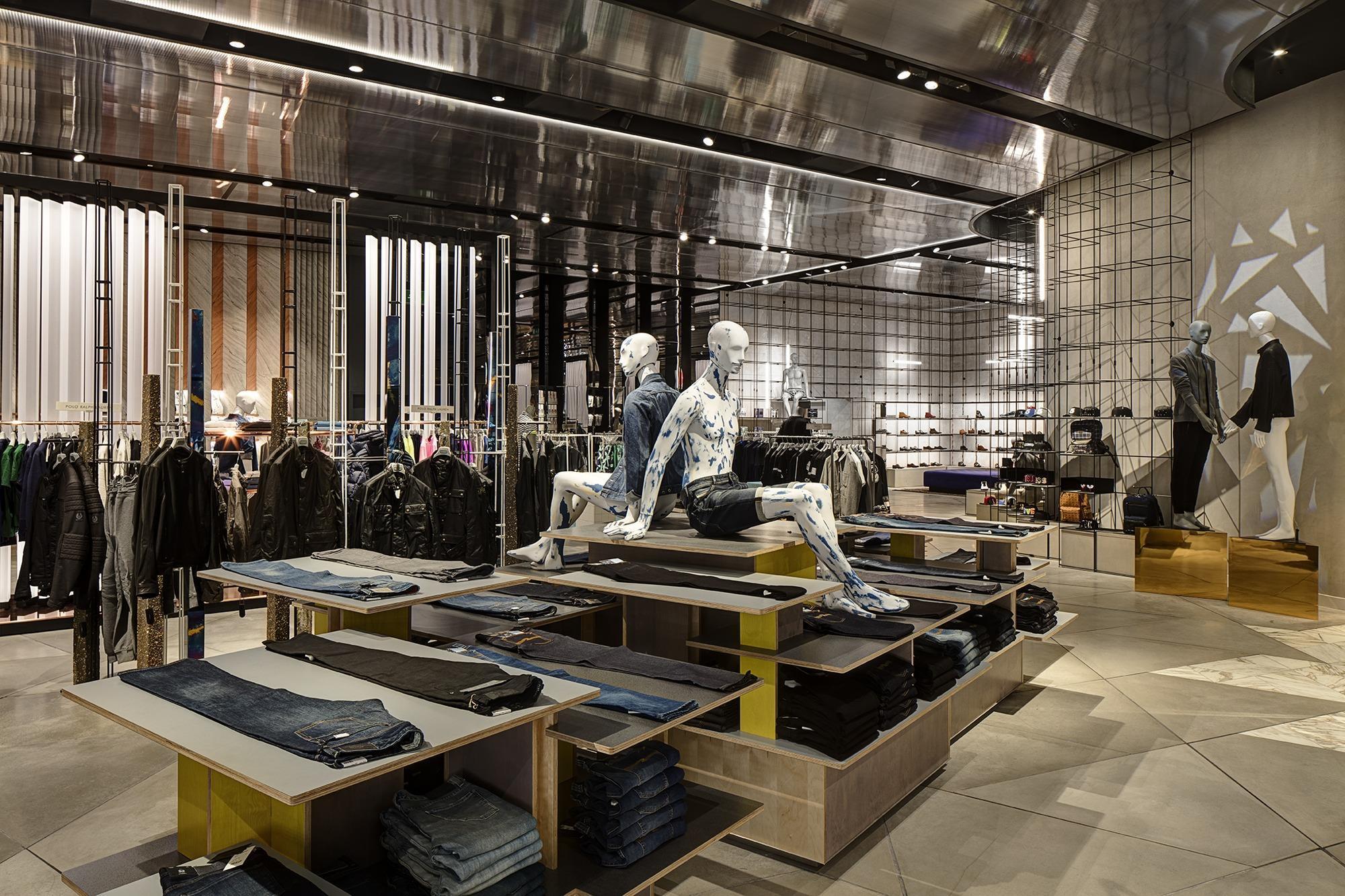 Store gallery harvey nichols unveils new blueprint birmingham store gallery harvey nichols unveils new blueprint birmingham store photo gallery retail week malvernweather Images