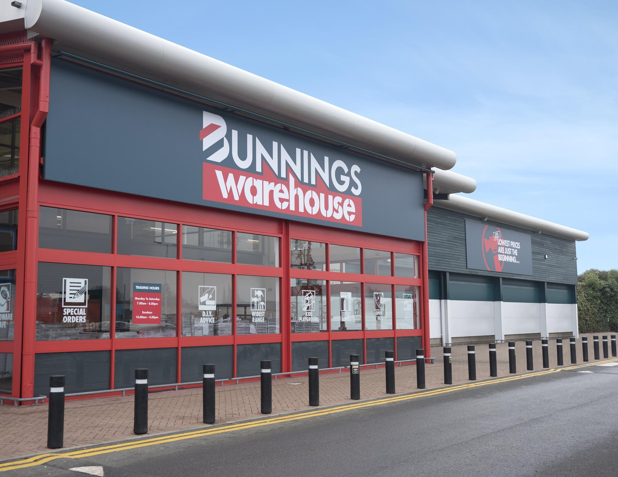 First Look Bunnings Warehouse Debuts In The Uk Photo Gallery