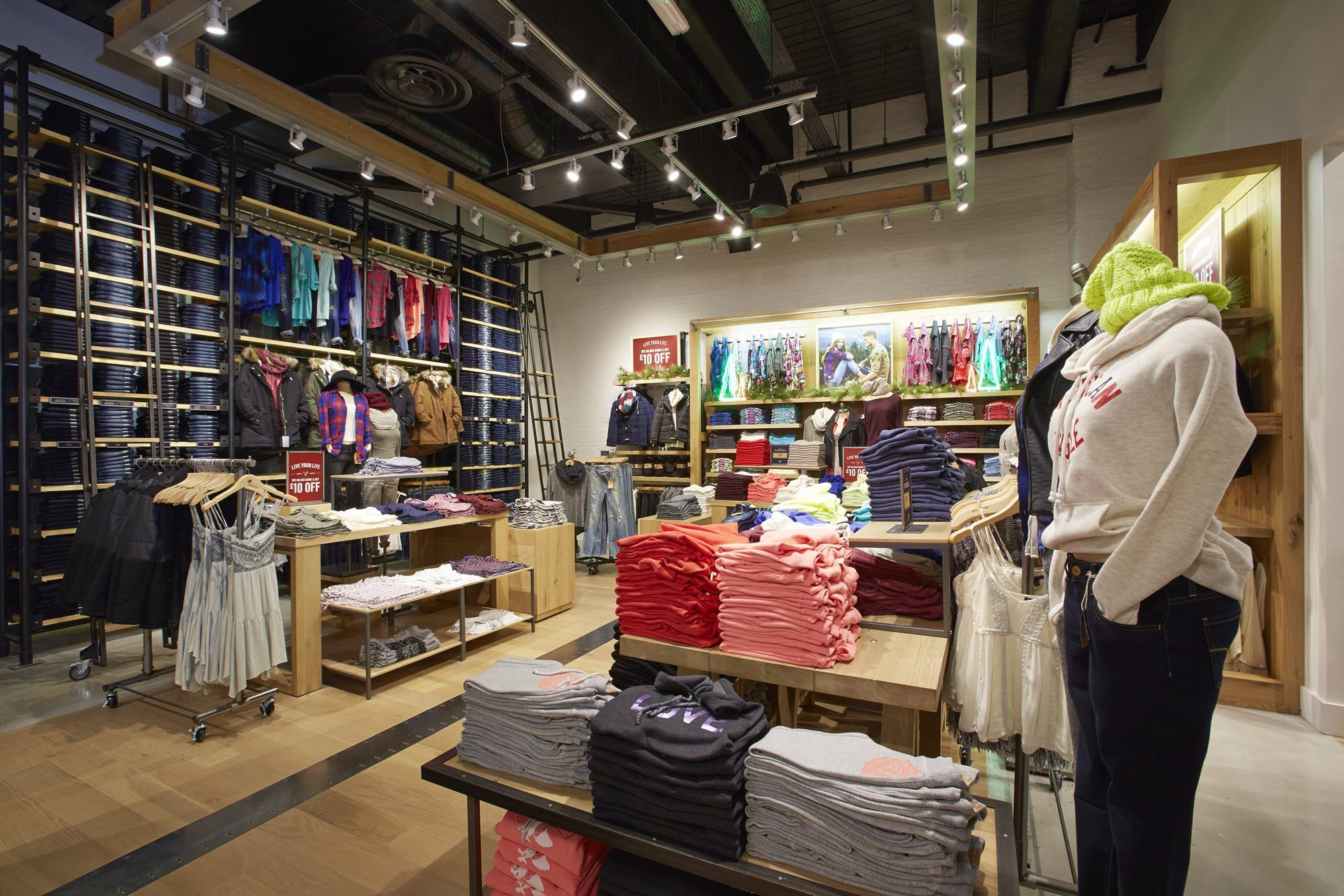 In pictures: American Eagle lands at Westfield London