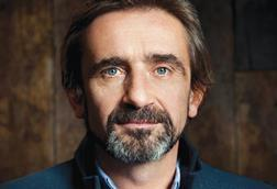 Superdry founder Julian Dunkerton wants a vote on the final Brexit deal
